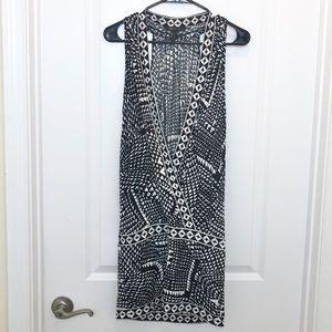 BCBG MAXAZRIA Black White V Meck Dress Small
